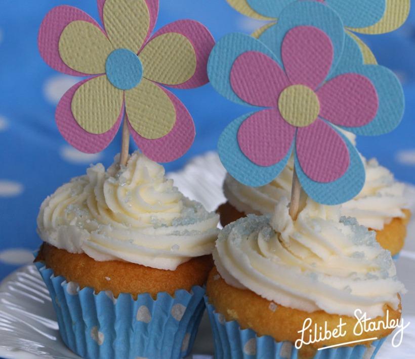 blue cupcake-Lilibet Stanley